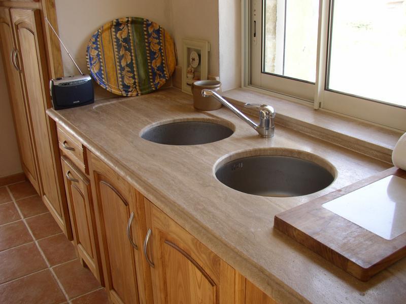 Marbre plan de travail cuisine sofag for Plan de travail en marbre
