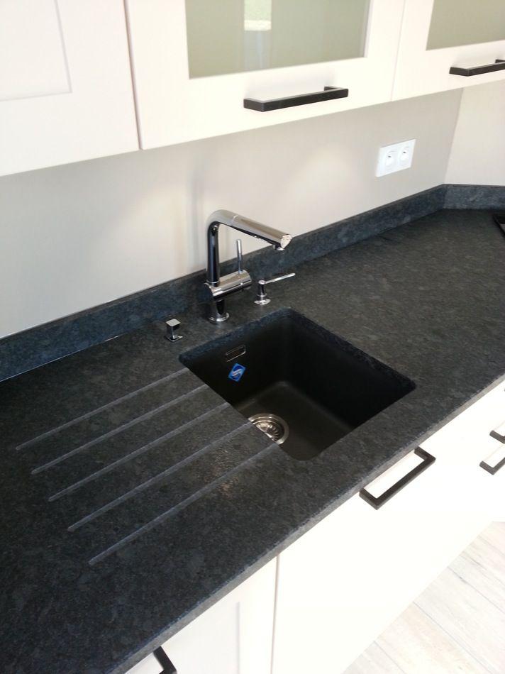 quartz ou granit pour plan de travail sofag. Black Bedroom Furniture Sets. Home Design Ideas