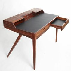 petit bureau style scandinave sofag. Black Bedroom Furniture Sets. Home Design Ideas