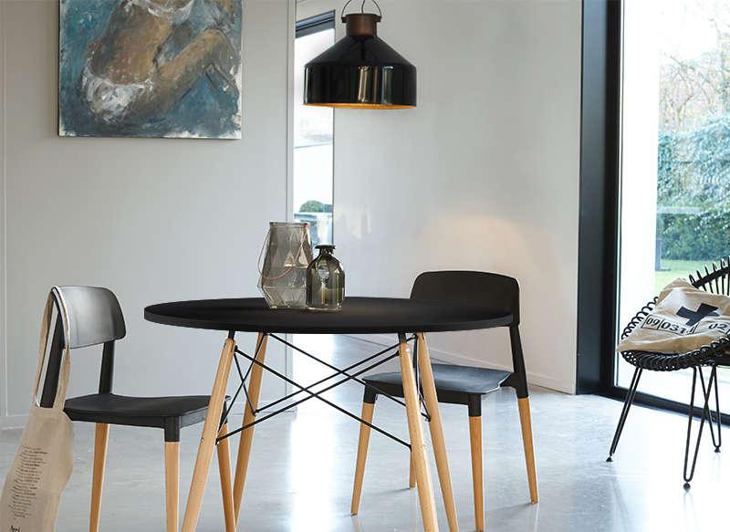 petite table ronde scandinave sofag. Black Bedroom Furniture Sets. Home Design Ideas