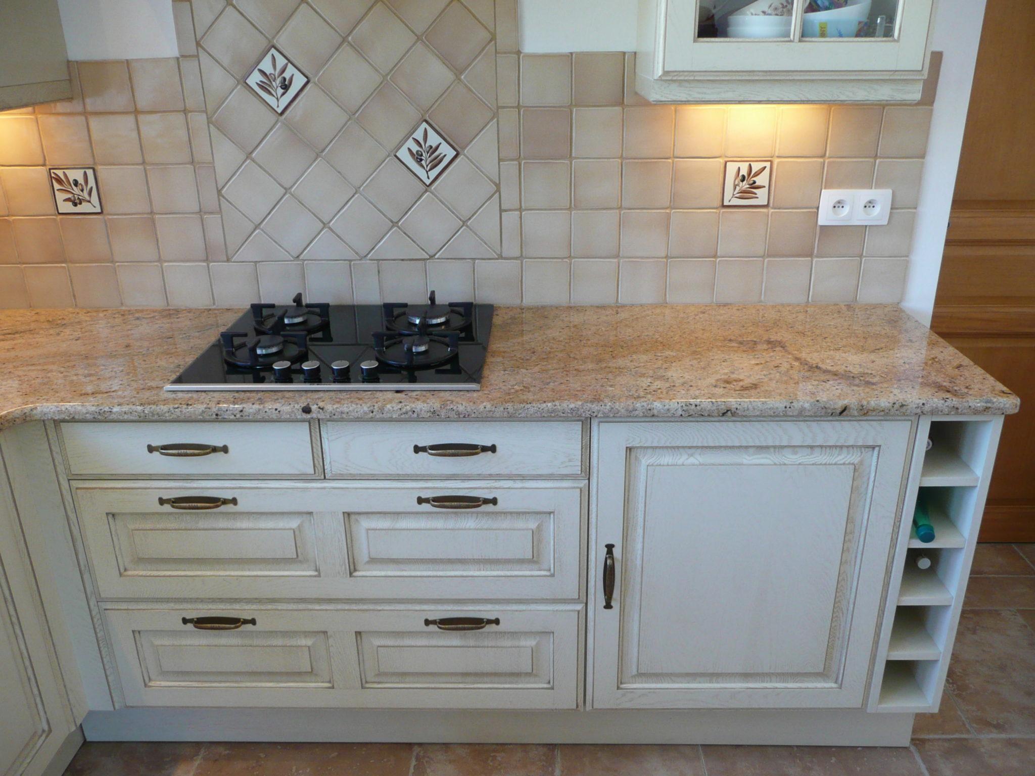 plaque marbre pour cuisine sofag. Black Bedroom Furniture Sets. Home Design Ideas
